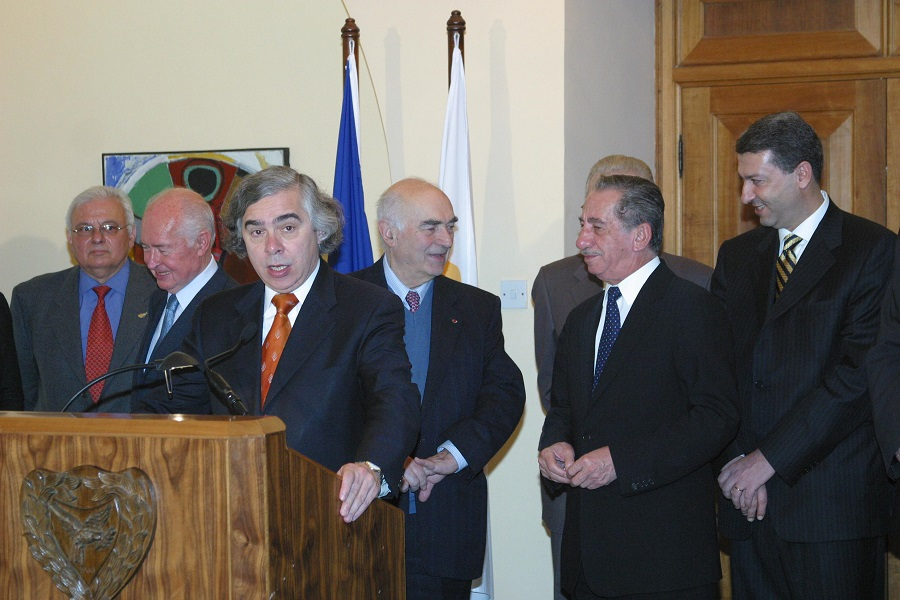 e moniz speaking